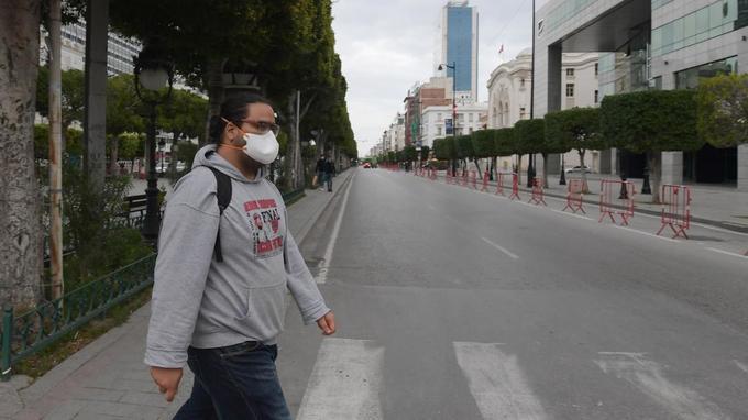 Coronavirus en Tunisie: «La farine, la semoule, l'eau de Javel manquent, comme le gel hydroalcoolique et les masques»